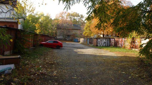 Garagen in der Waldstraße.