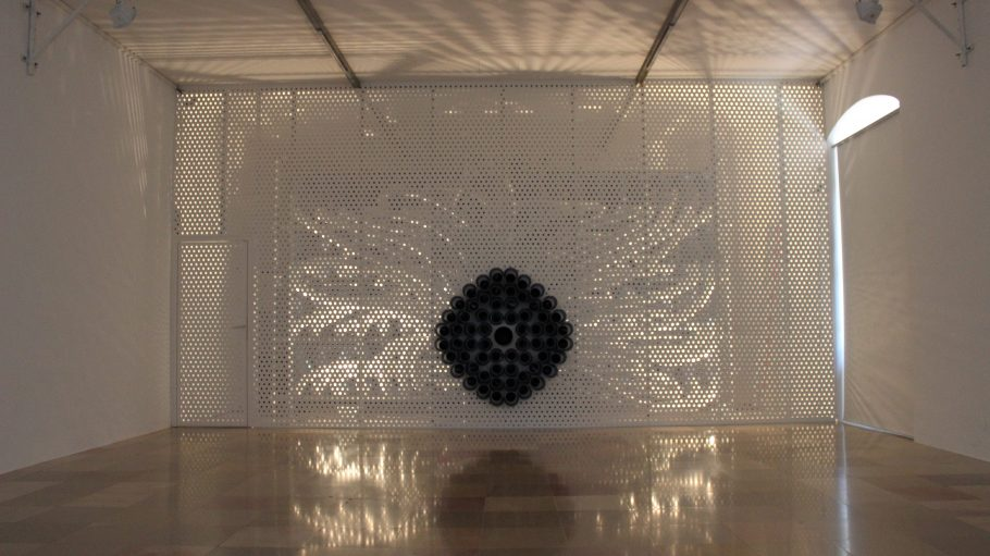 Eine Installation mit vielen Rohren, das ist die Geruchsorgel.