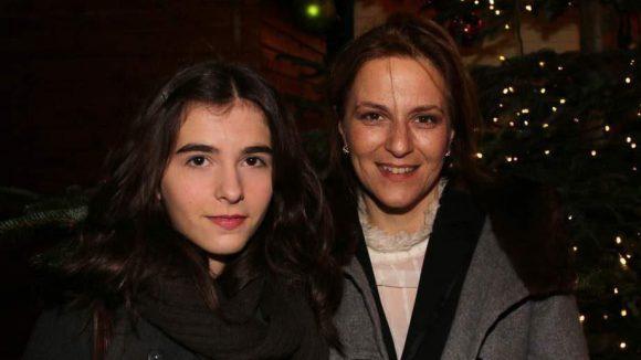 Martina Gedeck hatte ihre Nichte Stella im Schlepptau.