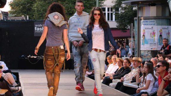 ... junge Jeans- und Leder-Mode vom Label Sorgenkinder ...