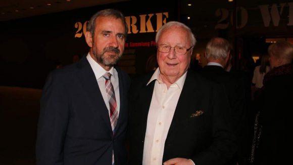 Die Gastgeber des Abends: Hermann Parzinger (l.), Präsident der Stiftung Preußischer Kulturbesitz, und Heiner Pietzsch, aus dessen Sammlung die gezeigten Werke stammen.