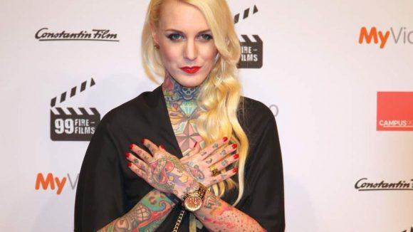 ... Tattoo-Model Lexy Hell ...