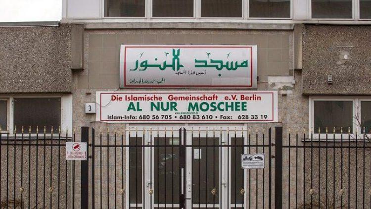 Die Al-Nur-Moschee gilt als Hochburg radikaler Salafisten. Nun könnte ihr Trägerverein verboten werden.