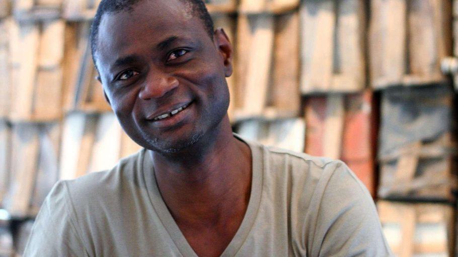 Ein Mann für den Film. Alex Moussa Sawadogo hat junges, afrikanisches Kino nach Berlin geholt. Die Streifen laufen beim Afrikamera-Festival.