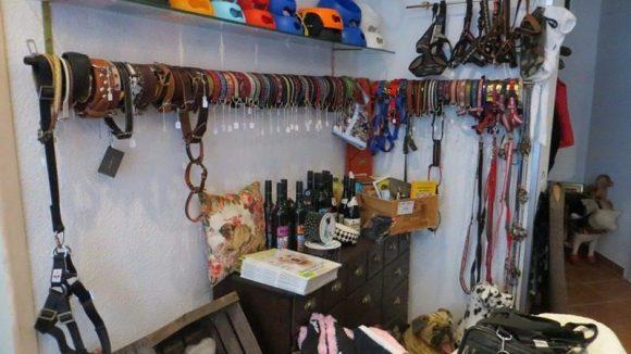 ... viele hochwertige Accessoires gehören zum Angebot.