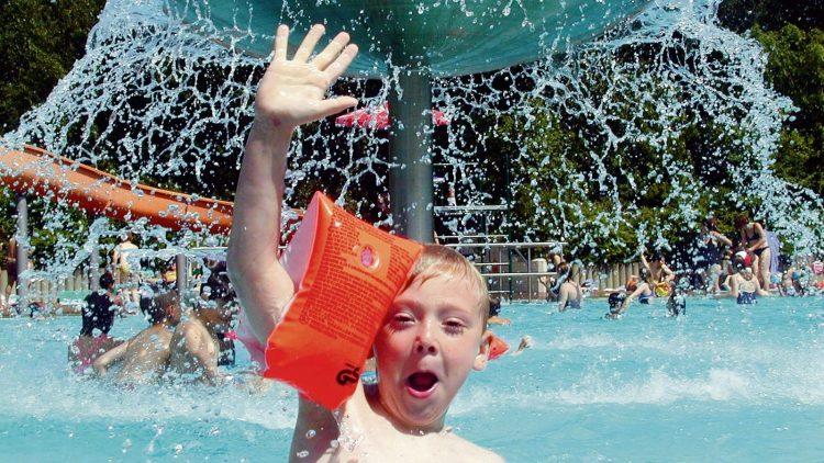 Am Wochenende wird bestes Badewetter in Berlin erwartet. Dann wird auch das Prinzenbad wieder voll sein.