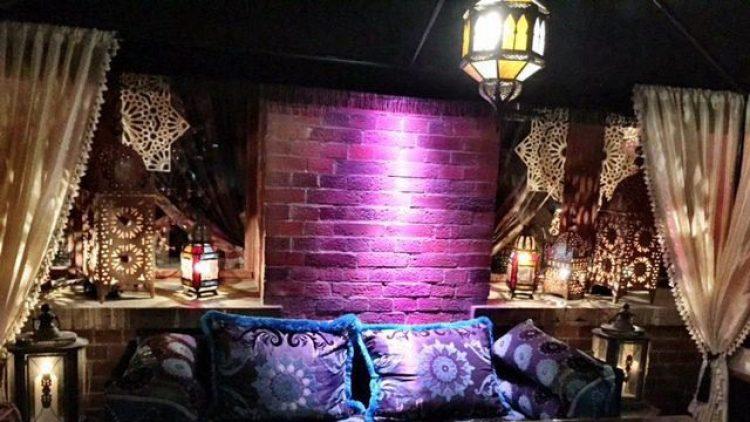 Eine lauschige Ecke in der Amber Suite im Ullsteinhaus.