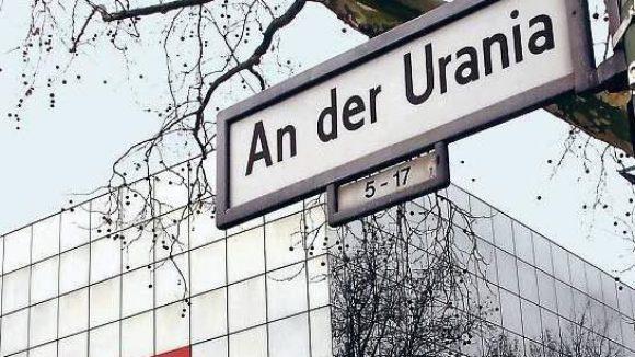 Haus der Bildung. Auch für die Umgebung der Urania werden nun Verschönerungsvorschläge gesucht. Foto: Kitty Kleist-Heinrich