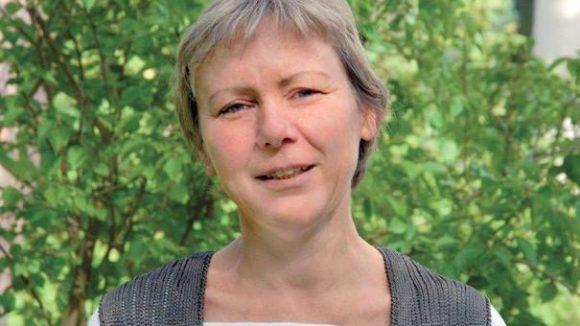 Andrea Krumbein ist Verwalterin der Höfe Sophien II und III, St. Elisabeth I und II, St. Philippus-Apostel und Golgatha-Gnaden-St. Johannes-Evangelist, die ab 2013 zum Evangelischen Friedhofsverband Berlin Stadtmitte gehören.