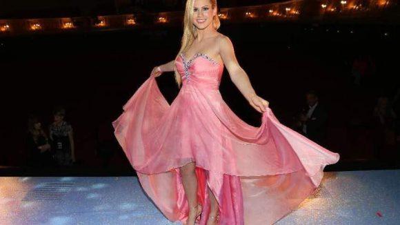 Sooo schön ist mein Kleid ...