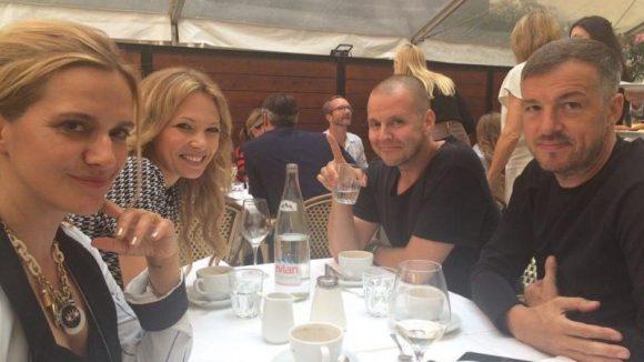 Anja Tillacks wohlverdiente Pause vom Fashion Week Wahnsinn mit einem Mittagsessen mit Schauspielerin Birte Glang, André Tegeler aka DJ Moguai und Produzent Harry Seedorf (v.l.).