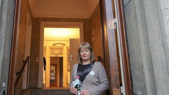 Annette Tafel, Geschäftsführerin des Nachbarschaftshauses am Lietzensee, ist dort fast die einzige bezahlte Mitarbeiterin.