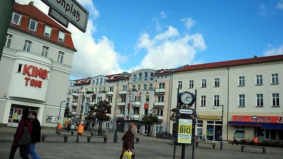 Weißensee: Einladend sieht der Antonplatz mit seinen grauen Platten nicht gerade aus.