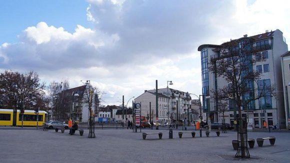 Der Antonplatz in Weißensee wirkt unfertig, ist aber für Marktveranstaltungen gut geeignet.