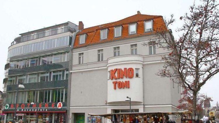 "Der Antonplatz mit Kino ""Toni"""