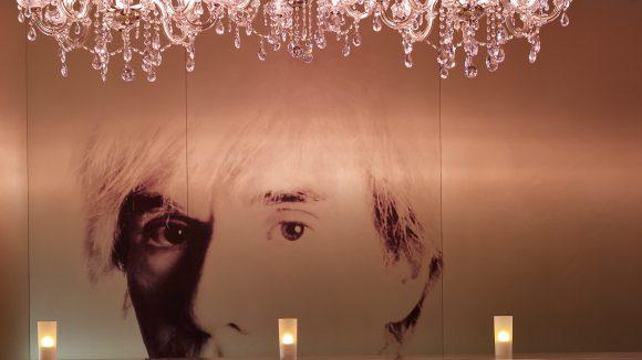 Andy wacht über alles. Die Berliner Architektin Johanne Nalbach hat hier Hand angelegt.
