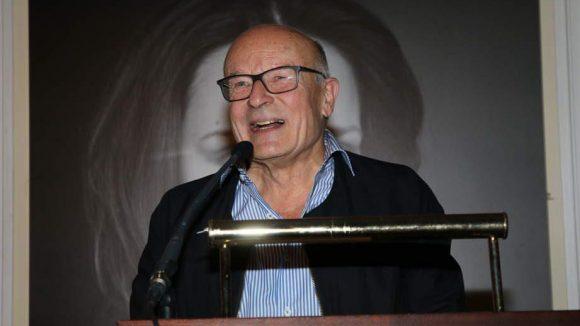 Regisseur Volker Schlöndorff war einer der Laudatoren beim Award ...