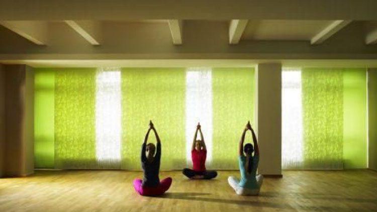 Das Aspria bietet verschiedene Yoga-Kurse an. Alleinstellungsmerkmal des Studios ist allerdings das Aspria Pro-Programm.