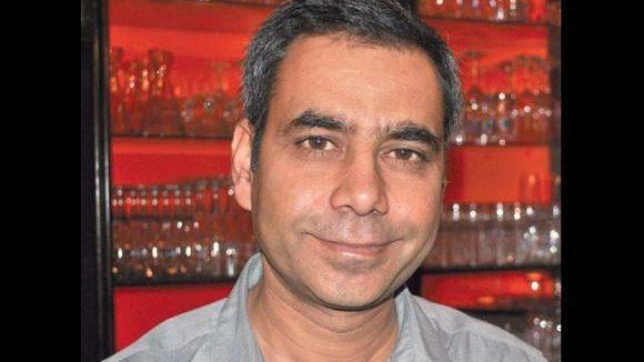 """Vipan Sharma, Inhaber des gleichnamigen indischen Restaurants """"Vipan"""" in Berlin Wilmersdorf."""