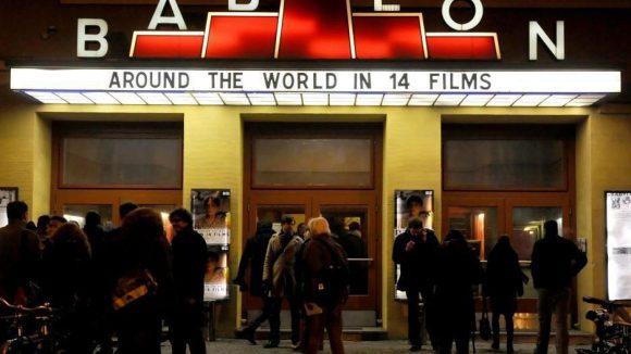 Das Kino Babylon ist häufig Spielort für Independent-Filmfestivals.