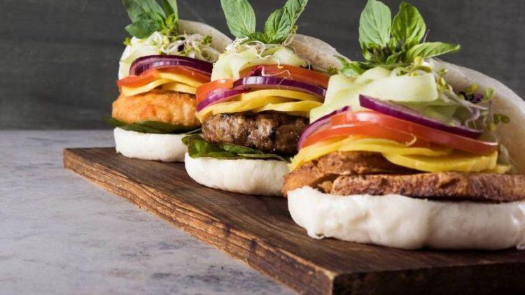 Der Bao Burger ist eine gesunde Variante zum herkömmlichen Burger.