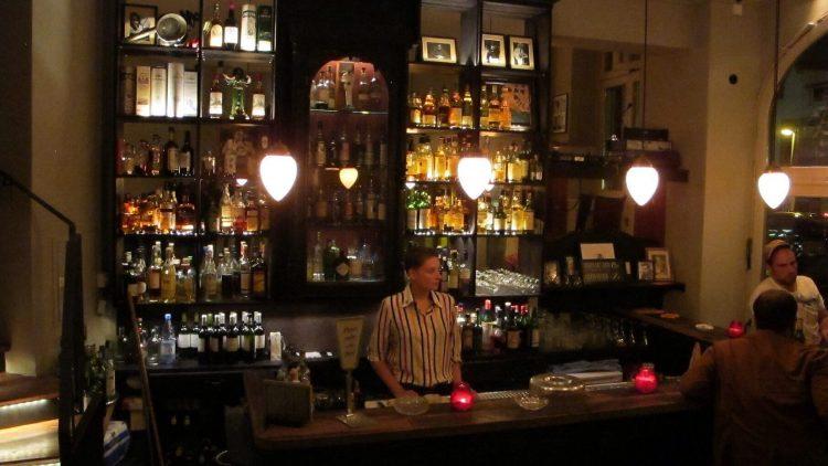 Die authentische Whiskey-Bar in Prenzlauer Berg.