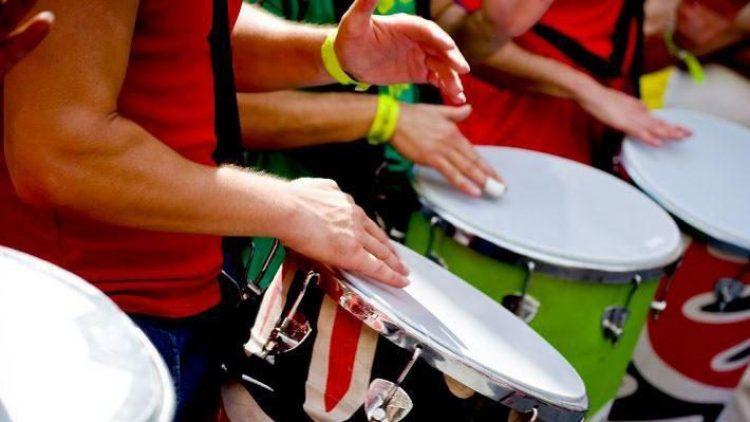 Auch Trommel-Workshops gehören zum Angebot von BeLaSound. Alle Kurse sind im Eintrittpreis inbegriffen.