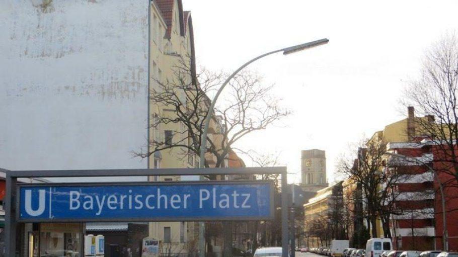 Die U-Bahn-Bauten der Linie 7 am Bayerischen Platz waren reparaturbedürftiger als ewartet - sagt die BVG. Deshalb schritten Arbeiter zur Tat.