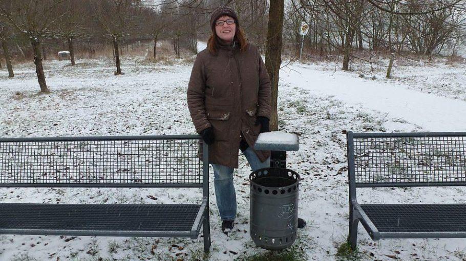 Der Mauerweg zwischen Lichterfelde und Teltow ist heute eine bei Spaziergängern und Hundehaltern beliebte Strecke - allerdings nicht an diesem verschneiten Januarnachmittag.