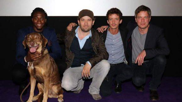 Nochmal mit Filmhund und Regisseur Frieder Wittich (rechts).