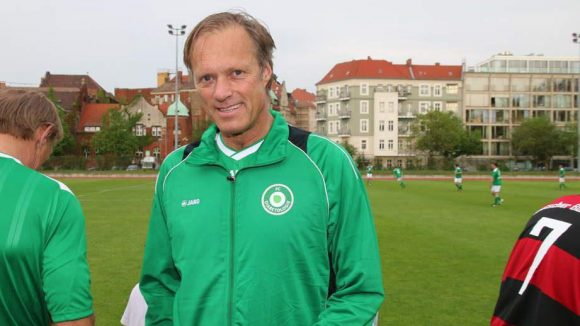 Im Team: Sportmoderator Gerhard Delling.