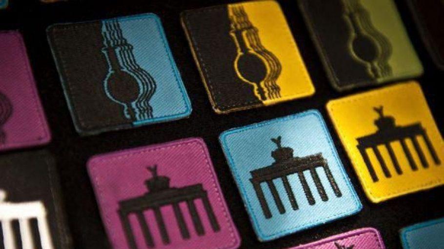 Langweilige Berlin-Souvenirs mit simplen Brandenburger Tor-Aufnähern sollen ab September 2013 Vergangenheit sein. Dann wird der Berlin-Design-Souvenir-Award vergeben.