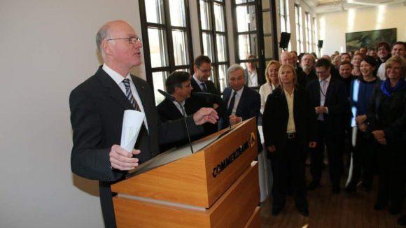 Der 'Nachbar', Bundestagspräsident Prof. Dr. Norbert Lammert, sprach ebenfalls ein Grußwort.