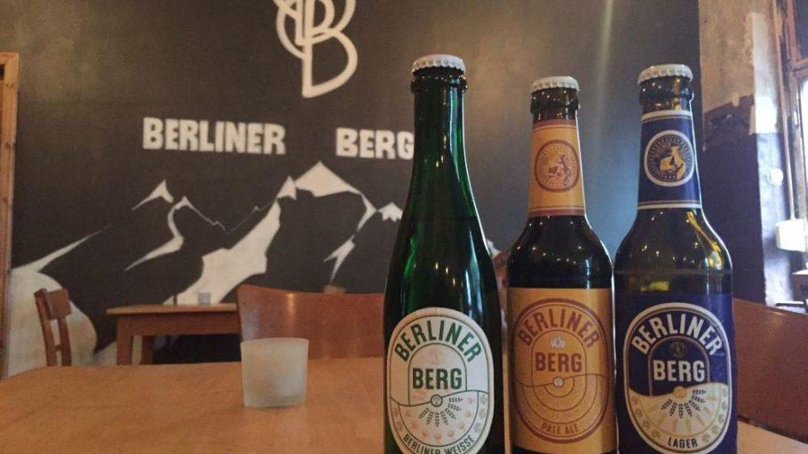 Berliner Weiße, Pale Ale oder Lager: Die Berliner Berg Brauerei verzapft im eigenen Neuköllner Schankraum Bier, das wieder nach was schmeckt. Außerdem gibt es die Eigenkreationen bald auch in Flaschen zu kaufen.
