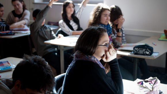 Vor allem Berliner Schulen in sozialen Brennpunkten haben mit Problemen zu kämpfen. Nicht jeder Schüler kann hier seine Wunschschule besuchen.