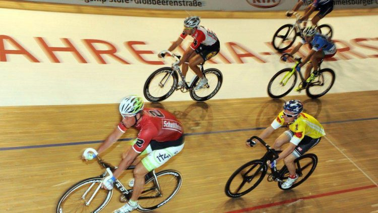 Auch in diesem Jahr verspricht das Berliner Sechstagerennen wieder viel Spannung auf und neben der Bahn des Velodrom.