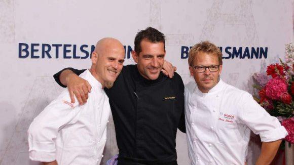 Zurück zu den Männertrios. Für den guten Geschmack sorgten bei Bertelsmann die Star-Köche Ralf Zacherl, Martin Baudrexel und Mario Kotaska (v.l.).