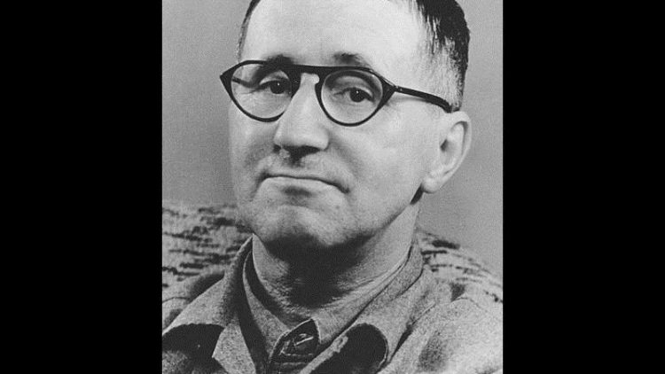 Bertolt Brecht starb 1956 in Ost-Berlin.