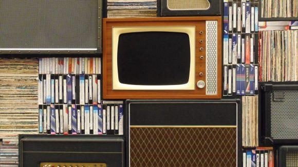 Trotz Streaming und Online-Mediatheken gibt es Videotheken, die ihre Fans in die neue Medienzeit gerettet haben. Zum Glück!