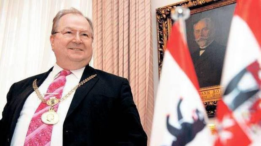 Er schon wieder. Der Bezirksbürgermeister vonNeukölln veröffentlicht heute sein zweites Buch.