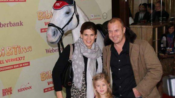 ... Heino Ferch kam mit seiner Frau Marie-Jeanette und Tochter Ava.