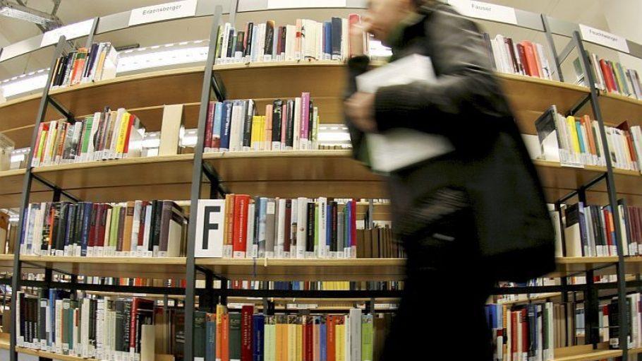 Ort für Bücher, Ort für Stille: Die Bibliothek.