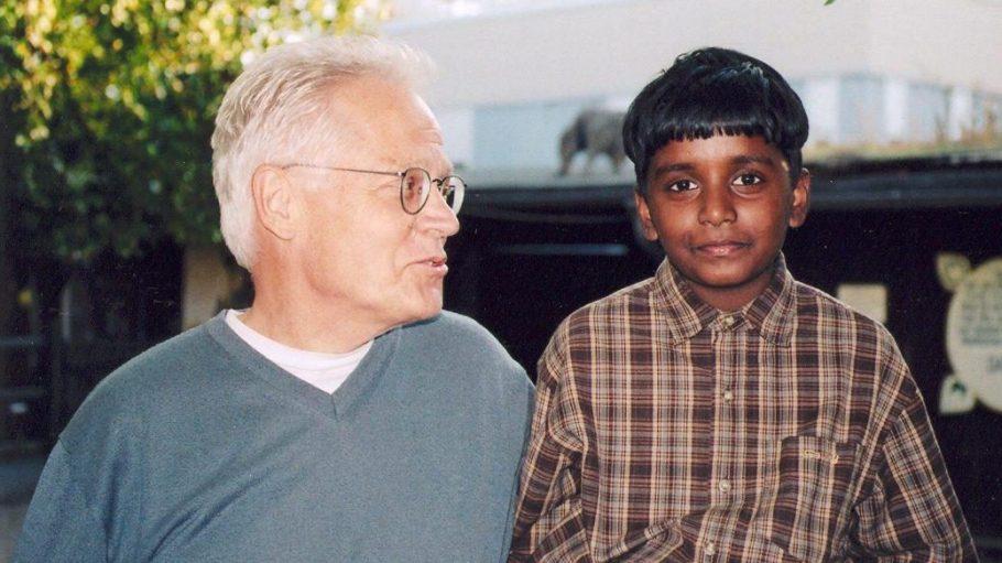 Helmut Becker und Vinosanth Manikavasagar lernten sich vor einem guten Jahrzehnt kennen.