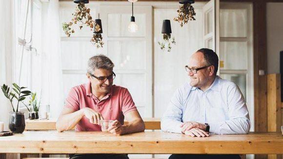 Die Ambitionen der Geschäftsführer und Gründer sind genauso groß wie ihre Drucker: René Gurka (l.) und Stephan Beyer denken global.
