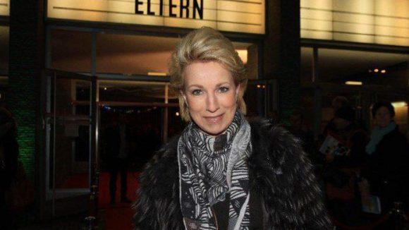 Auch ein gut baufgelegtes Multifunktionstalent hat sich blicken lassen: Birgit von Heintze war zur Premiere anwesend, ihres Zeichens Redakteurin, Moderatorin, Kolumnistin und Designerin.