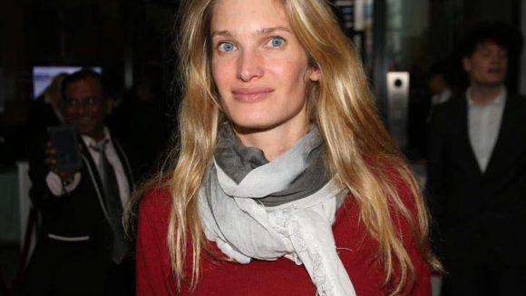 """Auch Schauspielerin Birte Carolin Sebastian (""""Und morgen Mittag bin ich tot"""", 2013) ließ sich den Empfang In den Ministergärten nicht entgehen."""