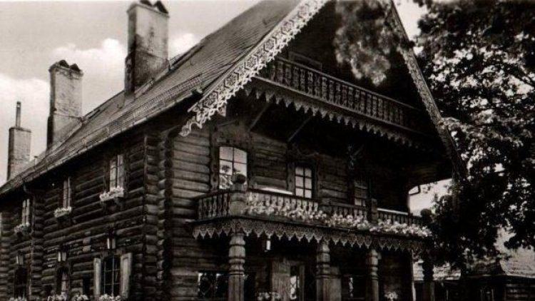 Eine historische Aufnahme des Blockhaus Nikolskoe - bereits in den 50er Jahren eine der ersten Anlaufstellen für Berliner, die einen Restaurantbesuch planten.
