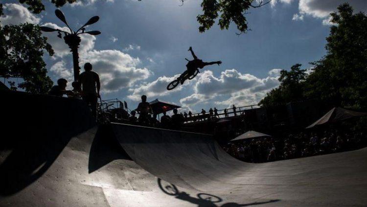 """Höhenflug für den Mellowpark: Der Mietvertrag ist gesichert, das nächste """"Highway to Hill"""" BMX-Festival kann kommen."""