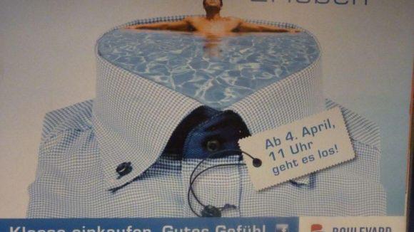 Die Plakate in der U-Bahn-Haltestelle Schlossstraße steigern die Vorfreude.