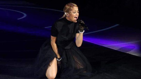 ... und Special-Super-Guest, die britische Sängerin Rita Ora.